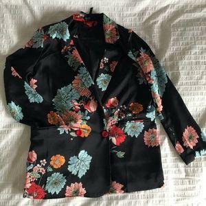 Silky Floral Blazer